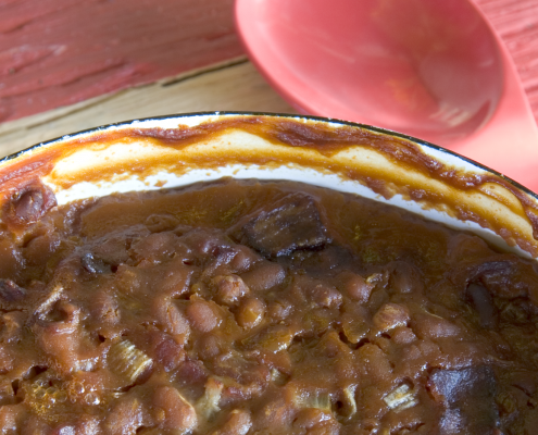 Molasses and brown sugar baked beans